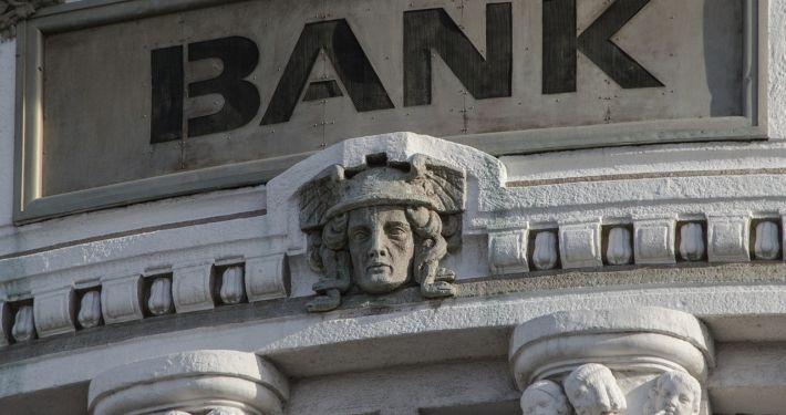 Front einer Bank