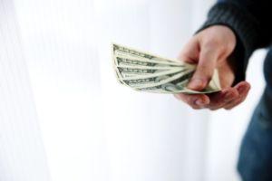 Für die Gründung einer Aktiengesellschaft ist ein bestimmtes Kapital nötig